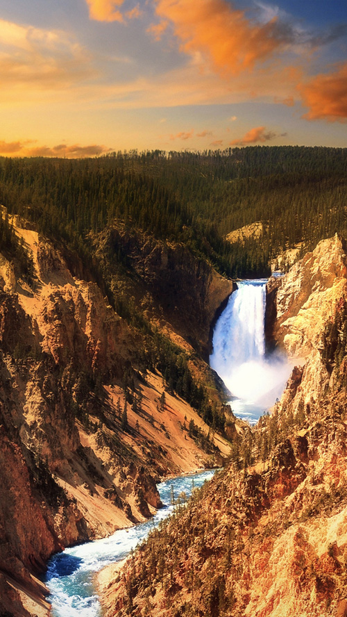 Yellowstone Park waterfall