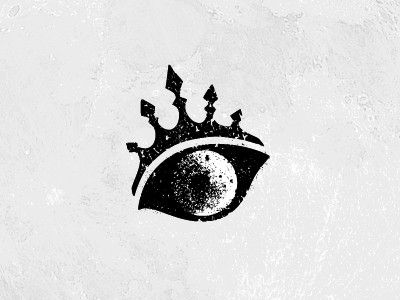 Eye with crown design