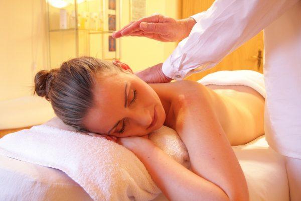 girl is having massage