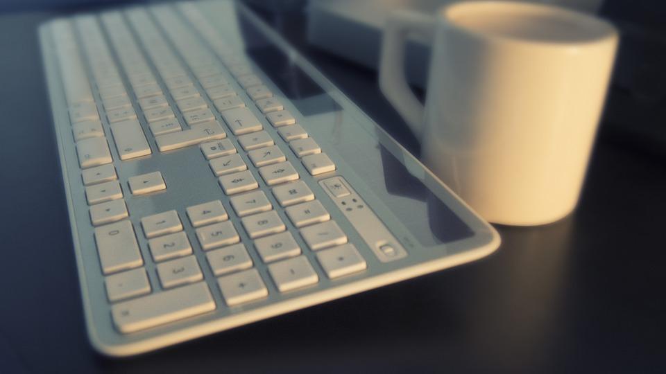 keyboard on the working desk